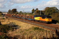 56087 passes Elmsfield on 17.10.13 with 6J37 Carlisle to Chirk logs.