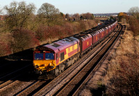 66125 passes Knabbs Bridge on 23.11.12 with a coal servics.