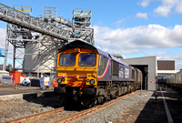 66725 pulls through the unloader at Drax PS with a Biomass train from Tyne Dock on 9.8.11