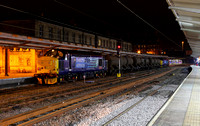 37402 & 37425 wait at Preston on 28.11.13 with 3J11 RHTT. Nice for a change of traction at last!