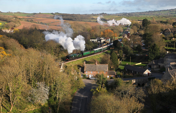 34053 & 34081 depart from Corfe Castle during the 'Strictly Bullied' steam gala on 1.4.17.