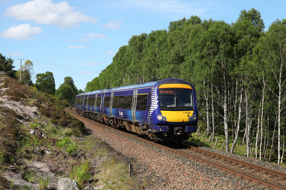 170430 heads past Kinveachy on 31.5.17 with the 1551 Inverness to Edinburgh.