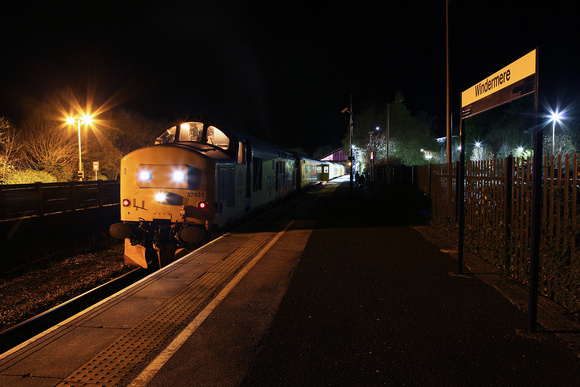37421 waits to depart from Windermere for Blackpool just before midnight on 21.4.17.