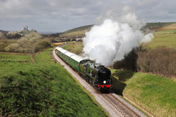 34052 heads away from Corfe Castle on 1.4.17 during Swanage Railways 'Strictly Bullied' gala.