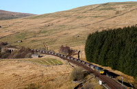 66530 heads past Dent Head on 18.4.14 with a Hunterston to Ratcliffe PS coal train.